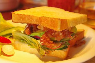 サンドイッチ(ベジ&竜田揚げ)